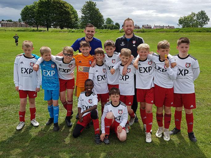 Under 10s enjoy the Drighlington Football Gala